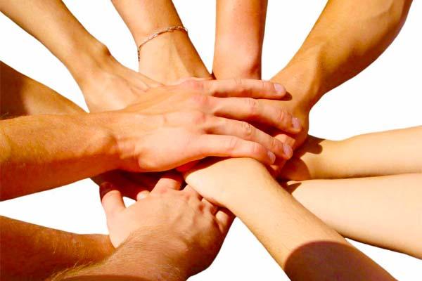 sostegno-collaborazione-aiuto-famiglia